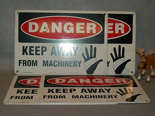 """DANGER KEEP AWAY FROM MACHINERY""  Metal Sign Lot of 4"