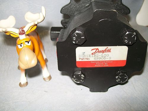 Danfoss 30B1E1B2-L20 49905-3 Hydraulic Motor