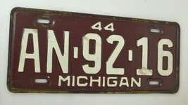 Vintage 1944 MICHIGAN License Plate 6 DIGIT AN-92-16 Maroon Red - $37.99