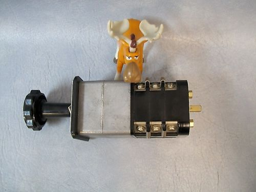 General Electric Type SBM Switch 10AC712
