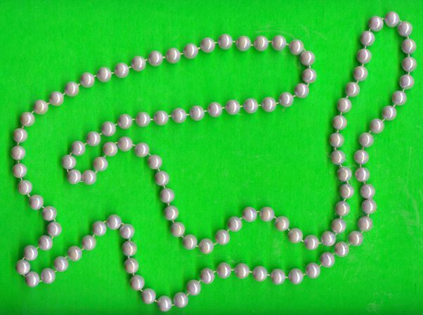 Winecoloredpearlnecklace