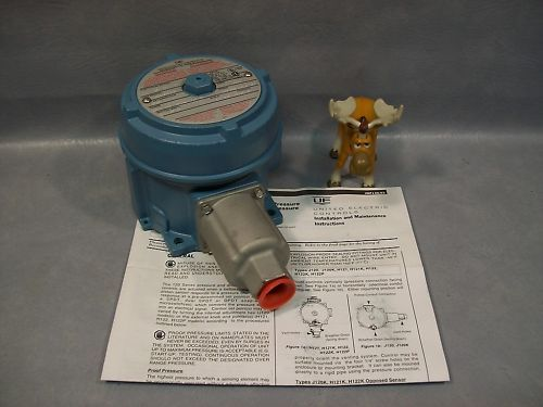 United Electric J120-S156B Pressure SwitchUnited Electric J120-S156B Pressure Sw