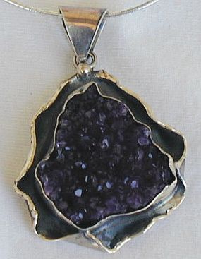 Ome amethyst b necklace