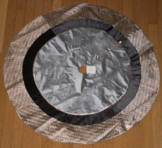 "Trimsetter Dillards Handcrafted Tree Skirt 52"" Silver Metallic Paisley X... - $70.26"