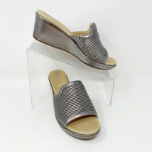 Rockport Signature Womens Silver Leather Slip on Wedge Sandals, Size 7.5 - $28.66
