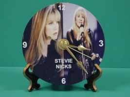 Stevie 1   gold stand thumb200