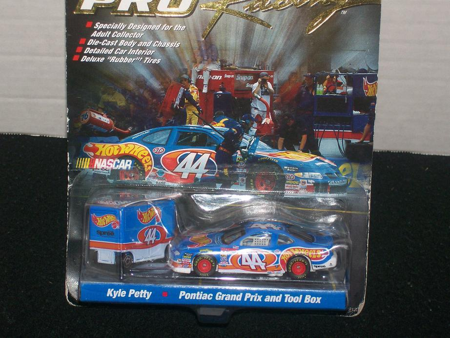 Hot Wheels 1997 Pro Racing Pit Crew