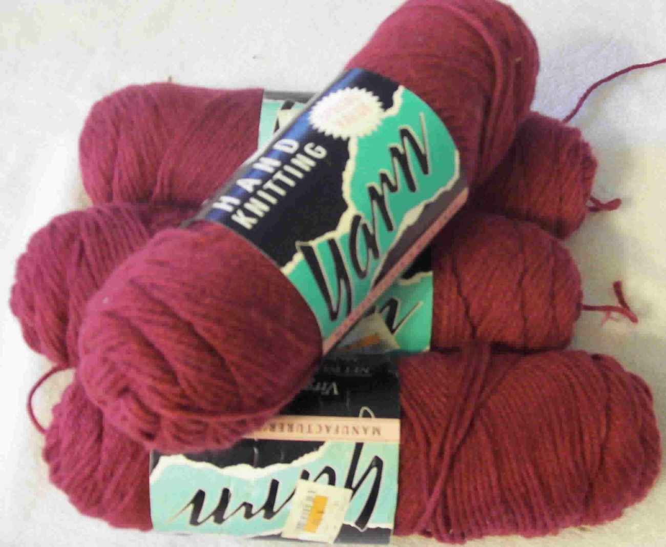 Hand Knitting Yarn Manufacturers Mill Ends 4 skeins - Yarn