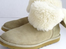 UGG Bailey Button Chestnut Brown S/N 5803 Woman's Size W5 Short Boots - $46.35