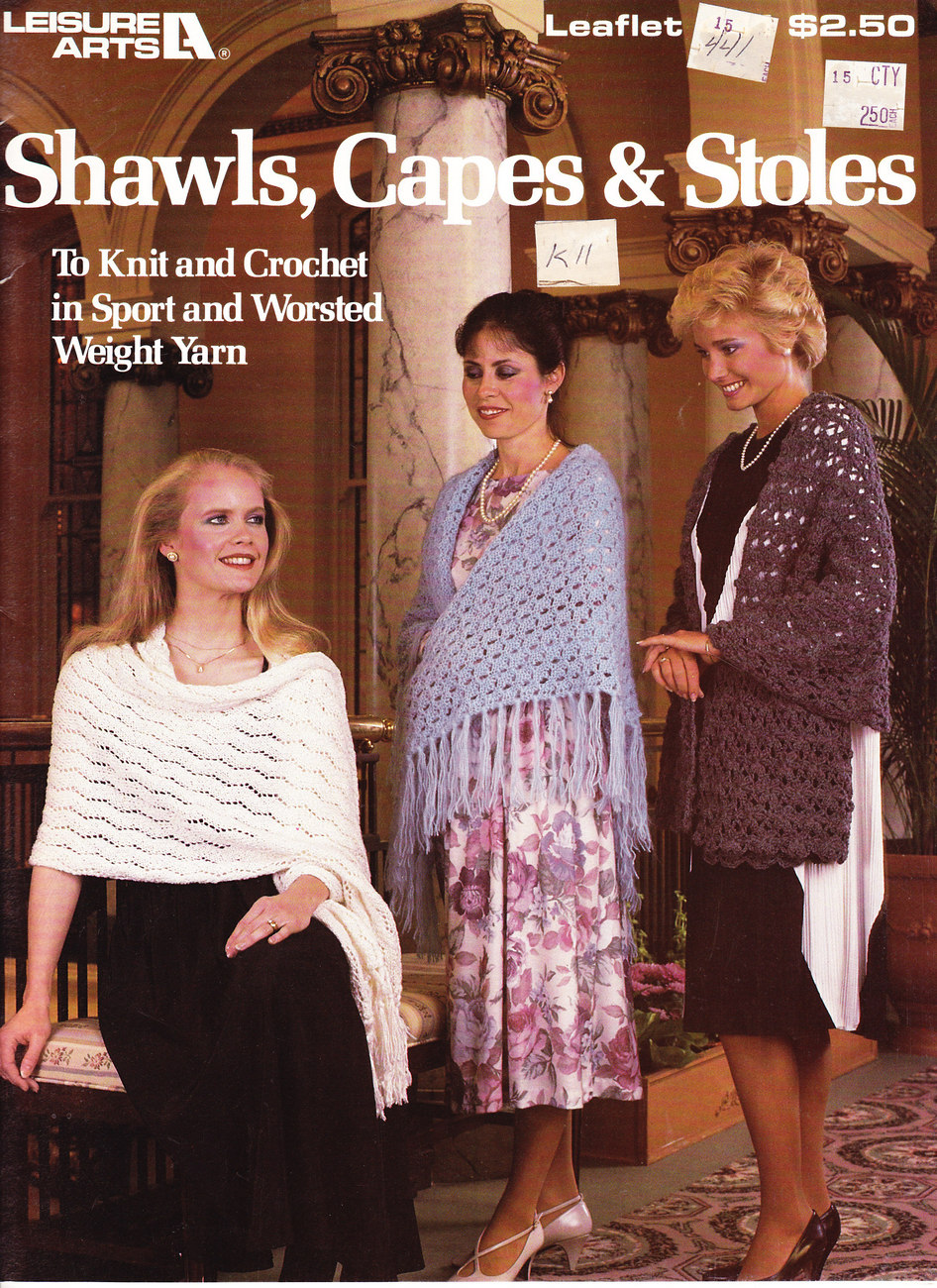 SHAWLS, CAPES & STOLES KNIT & CROCHET  LEISURE ARTS 441 - $3.50
