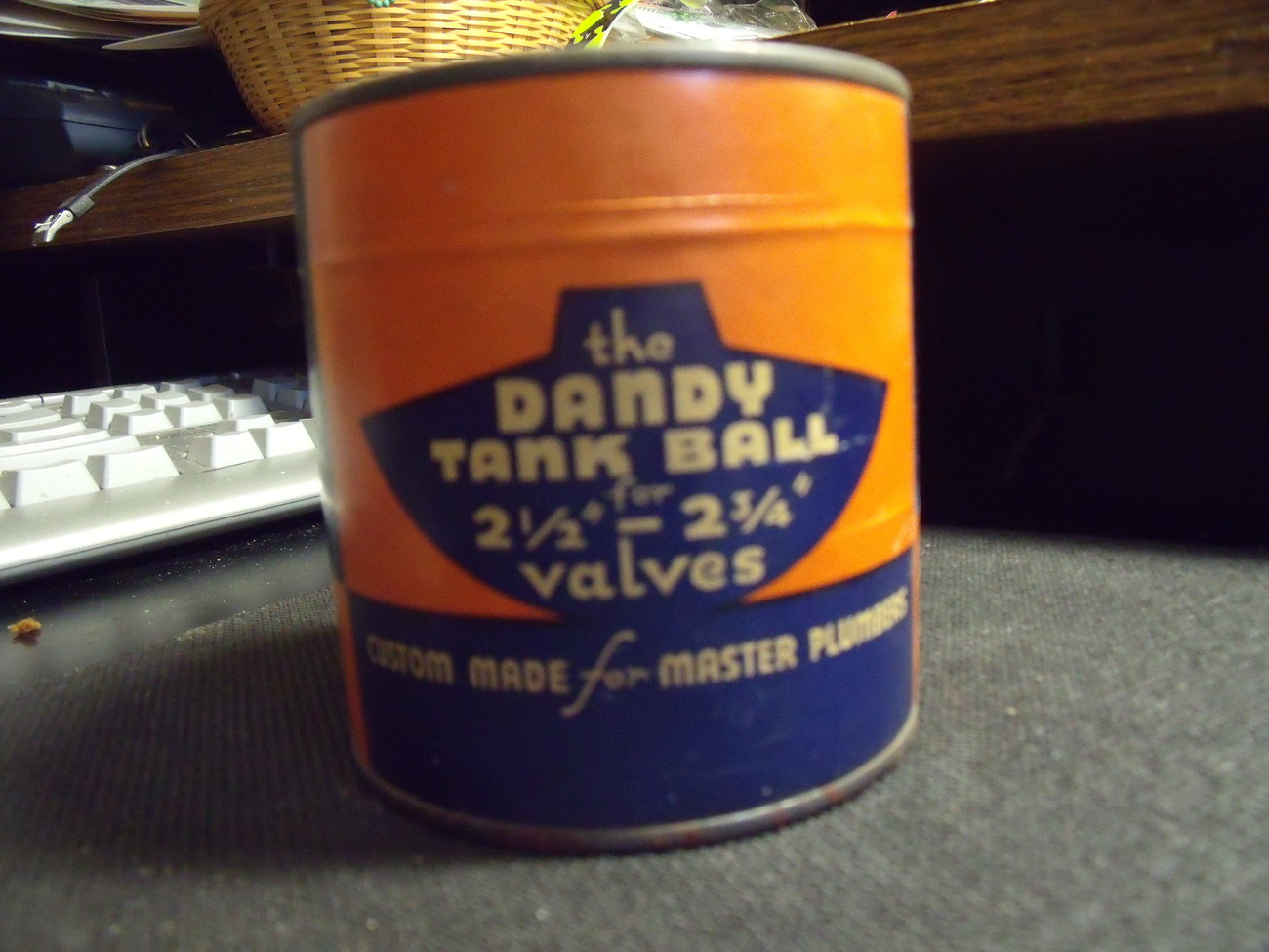 Original Dandy Tank Ball Container with Ball Replacement