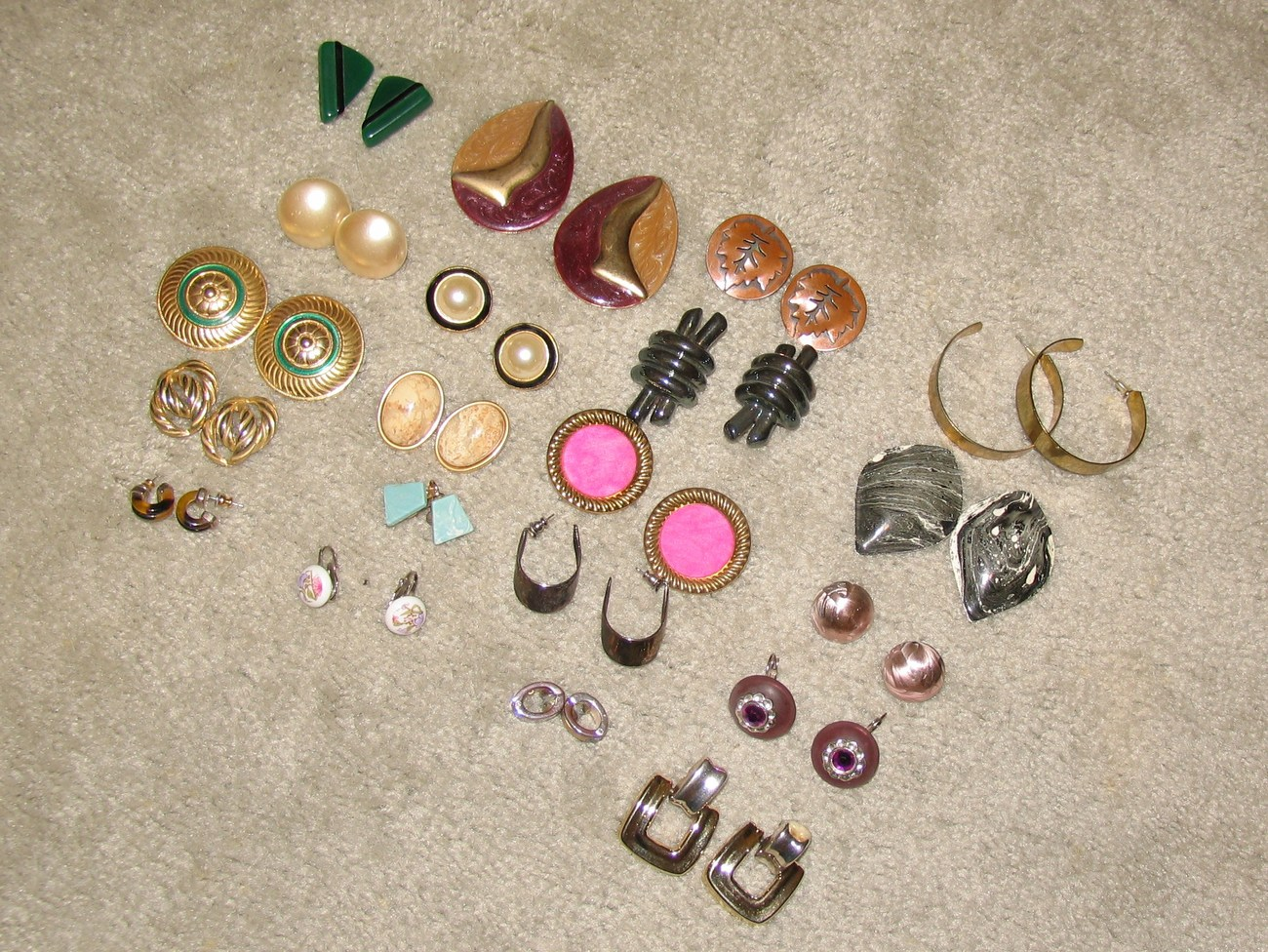 Vintage Lot: 20 Pr Clip On,Screw Back, Pierced Earrings