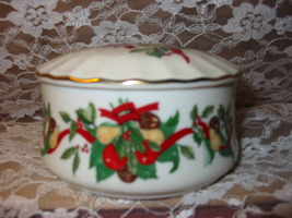 Heritage House The Celebration Collection Musical Silent Night Trinket Dish - $15.00