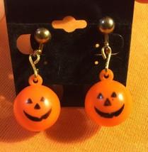 Grandmas Estate Plastic Hollow Pumpkin Jack O'L... - $6.92