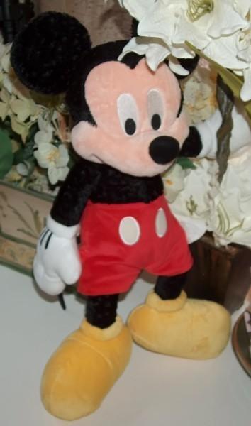 Mickey mouse plush disneyland resort 17 in 2