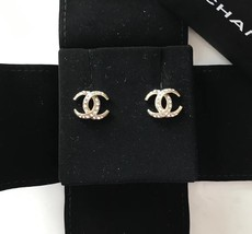 Authentic CHANEL CRESCENT MOON CC logo Gold tone & Crystal Stud Earrings RARE image 4