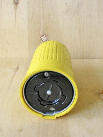 20 Amp 250v  Twist Lock 4 Pole Receptacle Used Bryant Hubbel