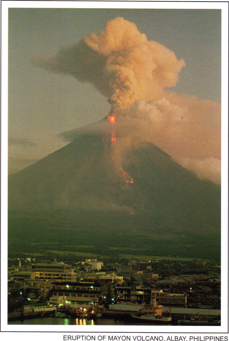 PHILIPPINES POSTCARDS, NEW: ERUPTION of MAYON VOLCANO, ALBAY