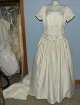 Alfred Angelo wedding dress size 14 cap sleeves ivory flower embroidery ... - $99.00