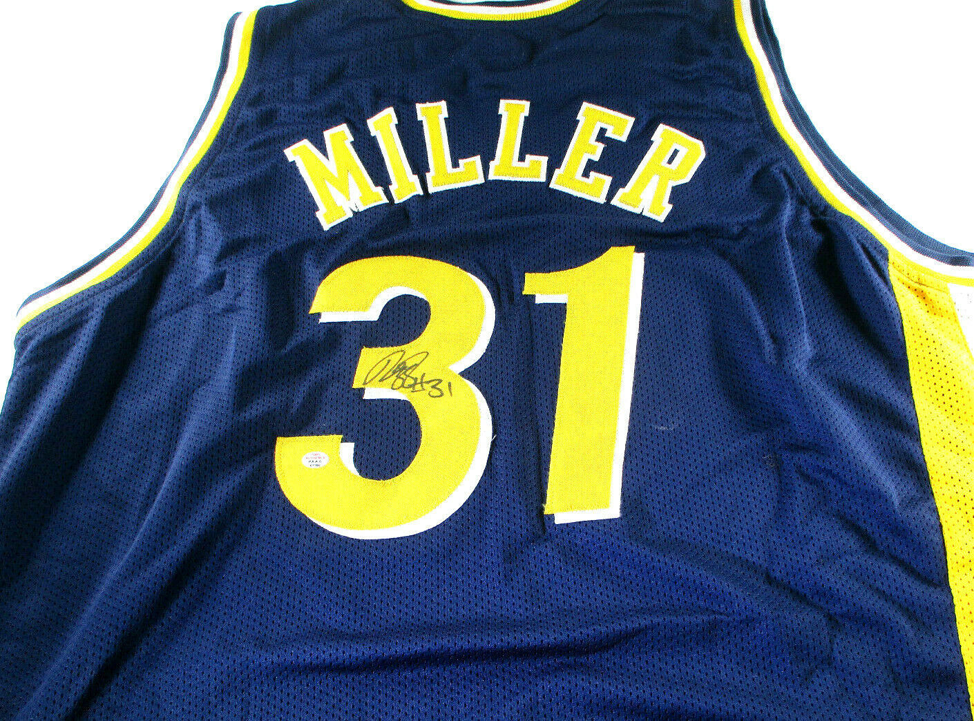 REGGIE MILLER / HALL OF FAME / AUTOGRAPHED INDIANA PACERS CUSTOM JERSEY / COA