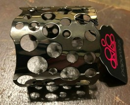 Paparazzi Cuff Bracelet (new) Hole in the Wall Black - $7.61