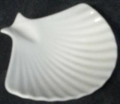 Wonderful Gently Used Porcelain Lenox Ashtray, BEAUTIFUL SHELL PATTERN V... - $8.90