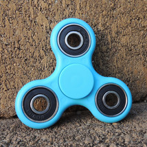 Idget spinner edc finger hand spinner focus anxiety stress relief desk toy blue outside thumb200