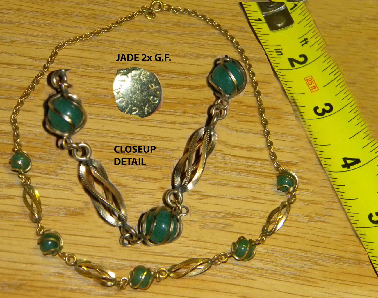 Beautiful gold filled necklace w jade stones elegant