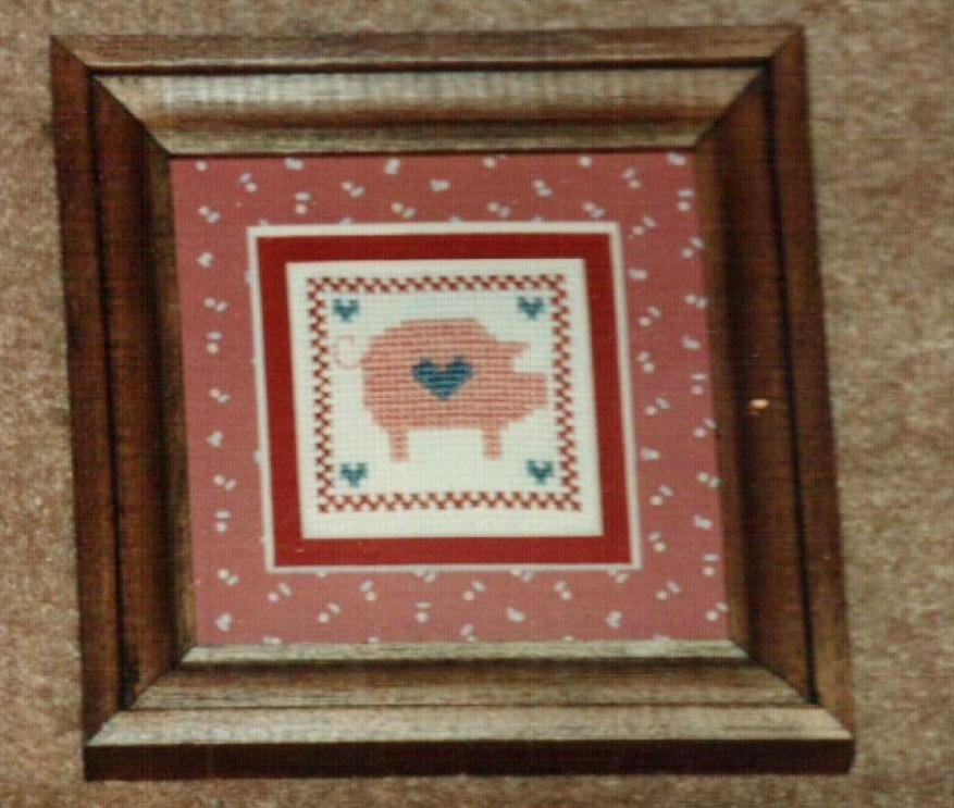 Mini Pig Ornamat cross stitch chart with double mat Dunfield Inc 4x4