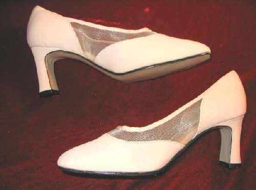 NEW Groove Atrium Pink Heels Pumps Dress Shoes 8.5