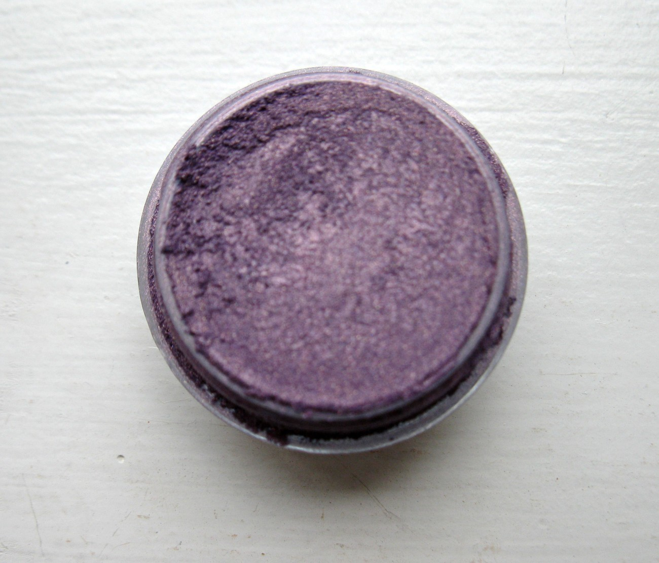 E136 iced lilac