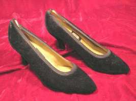 Nina Black Velvet Shoes Pumps Heels 8 M - $14.00