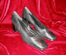 Black Nine West Leather Shoes Pump Heel 10 M - $13.50