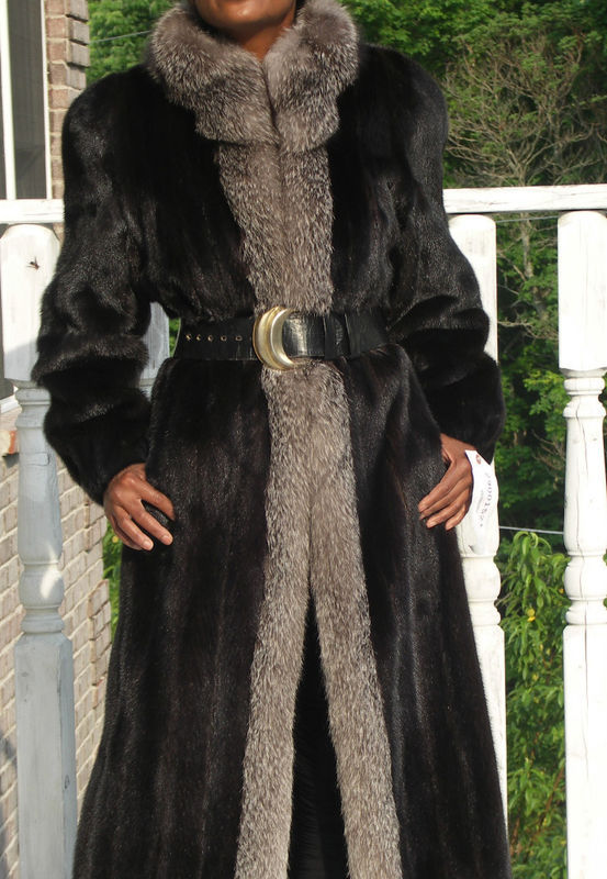 Primary image for Mint Full length Blackglama Black Mink Fur coat S-M