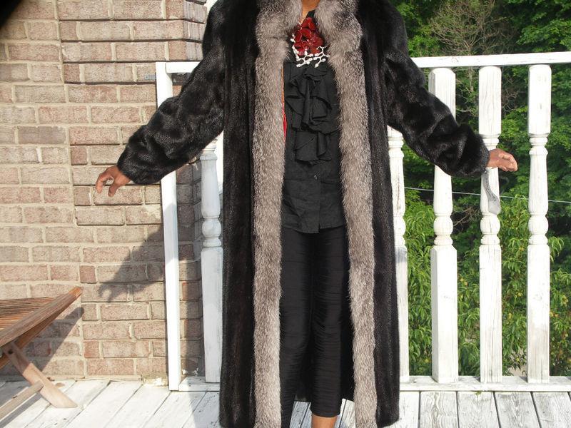Mint Full length Blackglama Black Mink Fur coat S-M