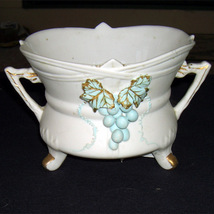Lefton China Grape Planter  For the wine or grape lover - $12.00