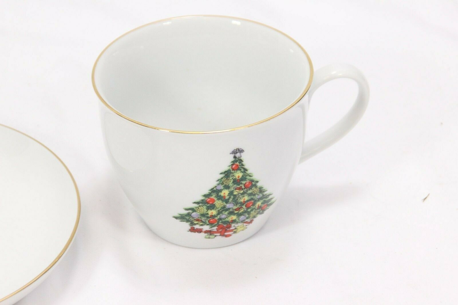 Jamestown Xmas Treasure Bowls Cups Saucers Lot of 12 image 5
