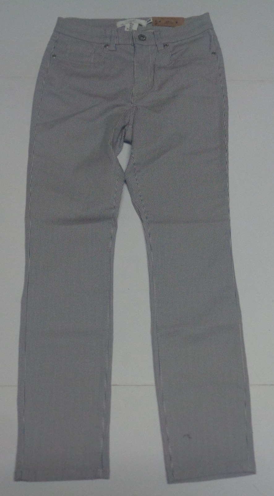 H&M Pinstriped Jeans NWT Juniors Sz 6 Slim Fit Gray