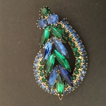 Sapphire Blue Emerald Green Swirled Navette Leaf Brooch Unsigned - $22.28