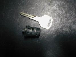 1993-1997 Honda Del Sol Key And Door Lock Cylinder Fits Drivers Side - $18.81