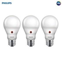 LED Dusk-To-Dawn A19 Frosted Light Bulb 800-Lumen 8-Watt - €28,66 EUR