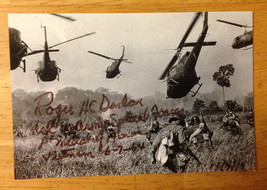 Signed autographed 8x10 photograph Captain Roger Donlon US Army Medal of... - $95.00