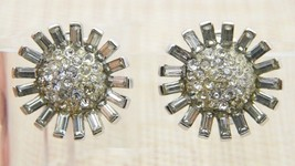 CROWN TRIFARI 1940s Art Deco Clear Rhinestone Flower Clip Earrings Vintage - $99.00