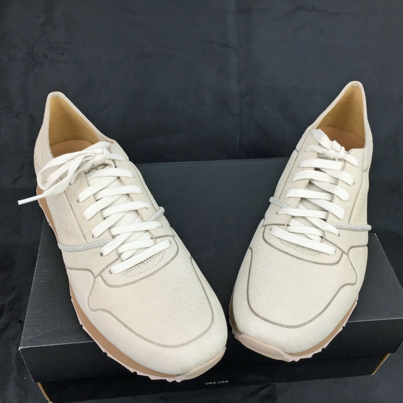 "Primary image for UGG ""Trigo Unlined"" Taupe Nubuck Leather Fashion Sneakers Size 11.5M  **NIB"