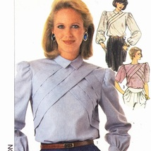 Simplicity 7121 Size 8 Uncut Misses Blouse With... - $4.95