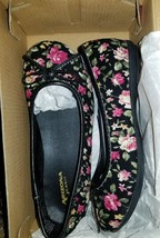 Arizona Girl's Juliet Black Floral Roses Ballet Flats Shoes Girl Size 13M NEW - $17.99