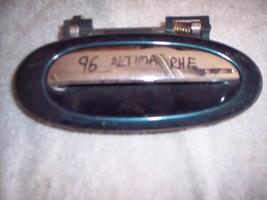 93-94-95-96-97 Nissan Altima Outside Door Handle Passenger Side Front Door, - $10.60