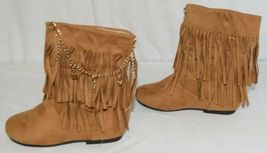 Styluxe Scream Tan Suede Girls 13 Fringe Boots With Chain Plus 3 Charms image 5