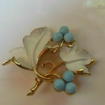 Vintage Sarah Coventry Gold Enamel Floral Leaf Brooch/Pin - $24.99