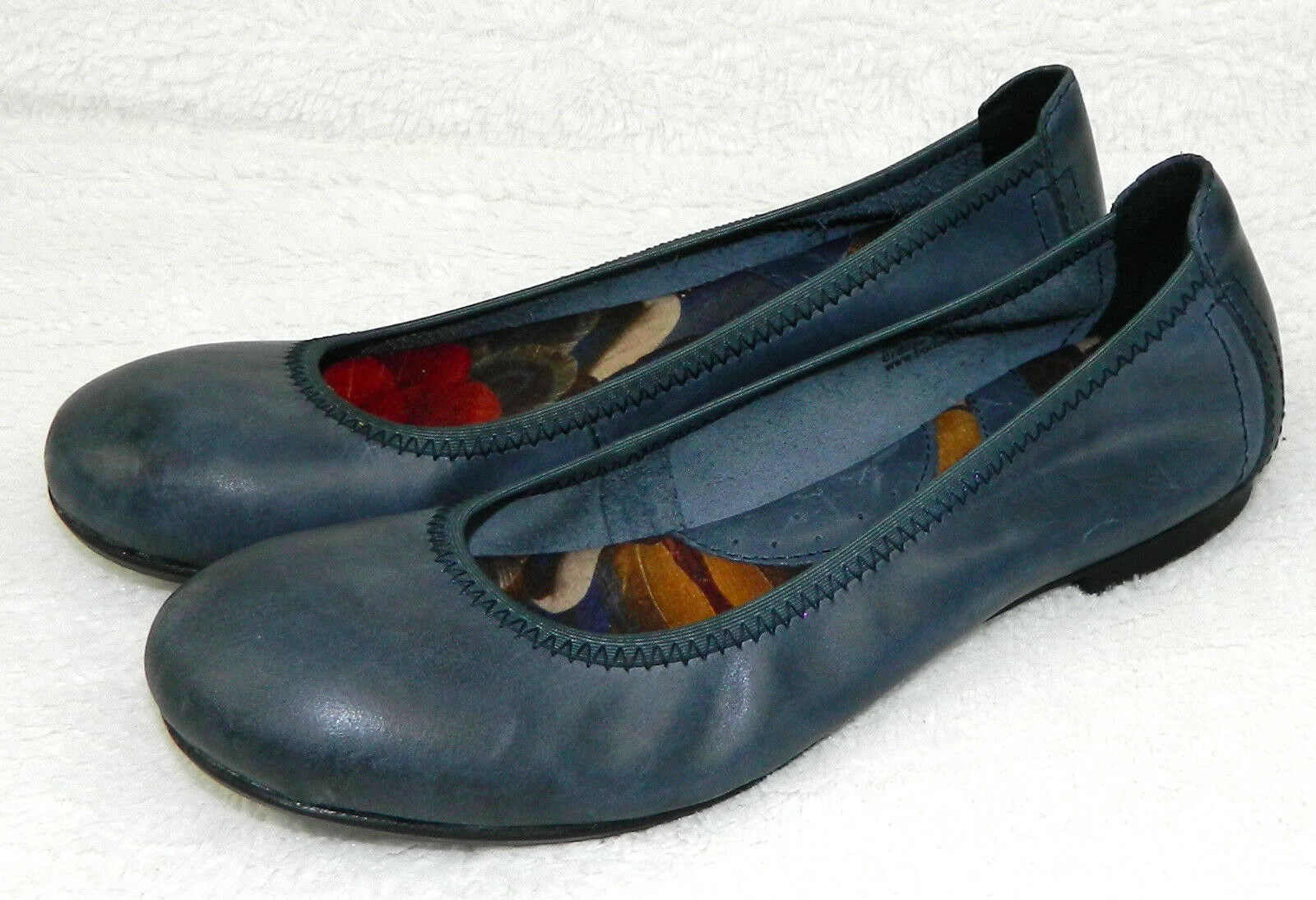 BORN Womens 6 BALLET FLATS Shoes BLUE LEATHER Slip On CAREER CASUAL    R